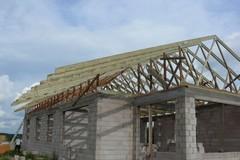 Medinių stogų statyba